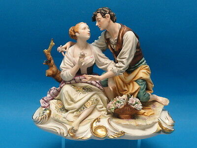 "VINTAGE LARGE ELABORATE PUCCI CAPODIMONTE FIGURINE ""LOVERS"" * ITALY 11"""