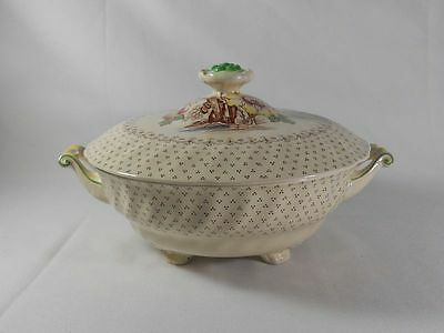 Royal Doulton Grantham D5477 Covered Round Vegetable Bowl(Crazing on Lid)