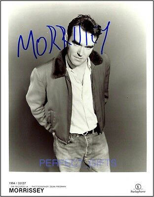 Morrissey Smiths 10X8 Signed Pp Photo
