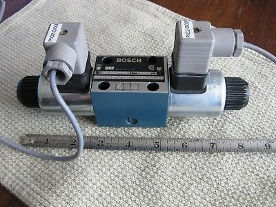 Bosch Rexroth 9810231442 Directional Control Valve 4600 Psi 24V DC Made Germany