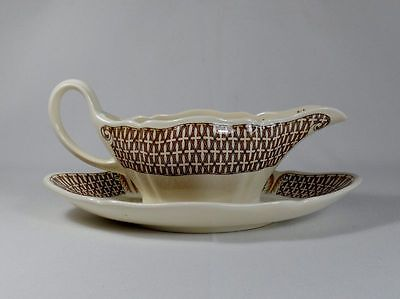 Wedgwood Avocado Gravy Boat with Underplate