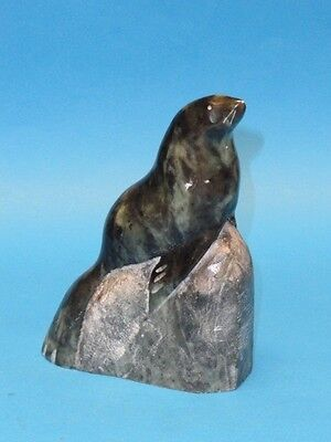 "Inuit Signed "" R. Powers ""  Eskimo Stone Carving Seal On Rock Sculpture ~ 5.75"""