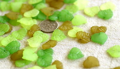 14x14mm Mixed Green Matt Frosted Acrylic Leaf Beads Finding p185 (24pcs)