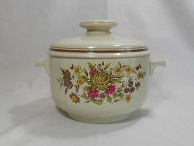 Royal Doulton Gaiety LS1014 2 Quart Round Covered Casserole Dish