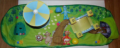 In The Night Garden Soft & Cosy World Playset With Light Up Musical Bridge +
