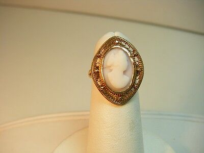 Vintage 10k Gold Hand Carved Shell Cameo Ring