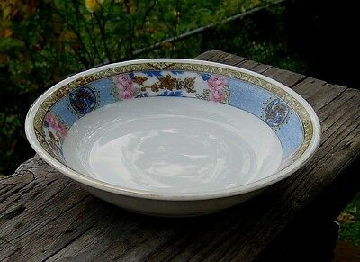 VINTAGE FRAUREUTH SAXONY CHINA BLUE WITH PINK FLOWER PATTERN SMALL  BOWLS