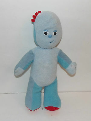 In The Night Garden ~ Talking Musical Plush Doll - Igglepiggle