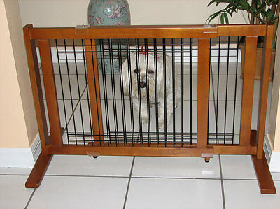 Crown 21-Inch Freestanding Narrow or Wide Span Wood/Wire Pet Gate