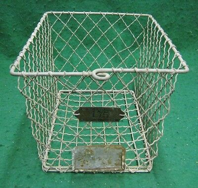 Vintage Gym Locker Wire Pool Basket Unique 13x7.5x7  #1135-12