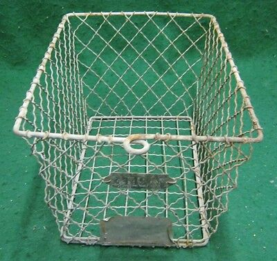 Vintage Gym Locker Wire Pool Basket Unique 13x7.5x7  #1137-12
