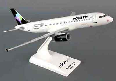 Skymarks Models VOLARIS AIRLINES MEXICO AIRBUS A320 1:150 desk model