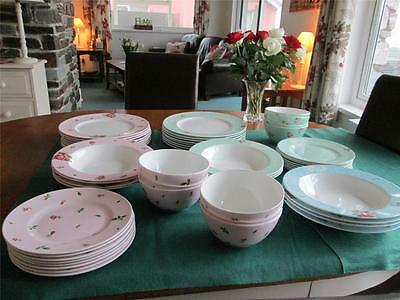 ROYAL ALBERT POLKA & ROSES CHINA SELECTION