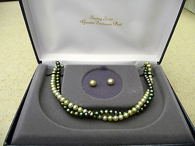 #171# Brand New Genuine Green Freshwater Pearl Necklace & Earrings Set Pearls