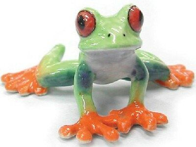 R165 - Northern Rose Minature- Red Eyed Tree Frog