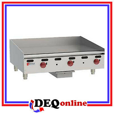 "Wolf AGM36 Manual Control Heavy-Duty Gas Griddle 36"" x 24"" Natural or LP"