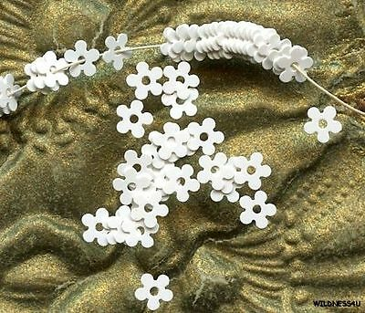 FRENCH VINTAGE SEQUINS tiny micro WHITE FLOWERS 3mm Paillettes Sew ons Trim lot