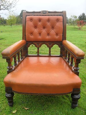 19th Century Gothic revival golden Oak button leather library armchair(ref 1019)