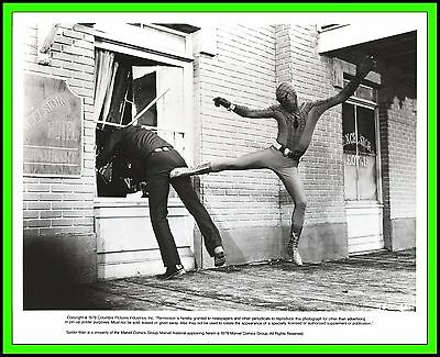 "NICHOLAS HAMMOND & ROBERT ALDA in ""Spider-Man Strikes Back"" Orig. TV Photo 1979"