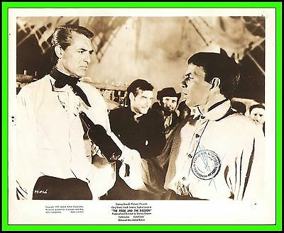 """CARY GRANT & FRANK SINATRA in """"The Pride and the Passion"""" Original Vintage 1957"""