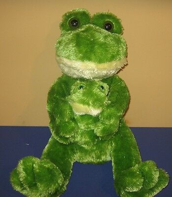 "Big Eyes Sitting 16"" Mommy Frog Hugging 6"" Baby Pond Frog Soft Stuffed Plush"
