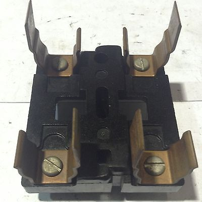 Main Fuse Pullout With Center Pin 60 Amp