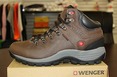 Wenger Outback Brown Hiking Boots Waterproof Leather Swiss Army Knife DM9013