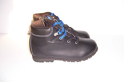 ROUTE 66 CEDRIC BLACK HIKING BOOTS 10942 BOYS SIZES NWT!