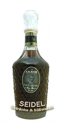 A. H. Riise Non Plus Ultra Rum 0,7 ltr.