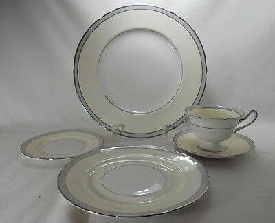 Shelley 12749-Grey Five Piece Place Setting