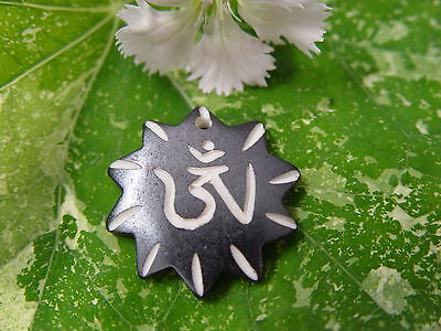 GOOD CHI BONE CHARM L Wicca Witch Pagan Spell Goth OM New Age YOGA BUDDHA AUM