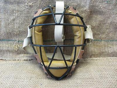 Vintage Metal Wire & Leather Baseball Catchers Mask > Antique Old Ball 7881