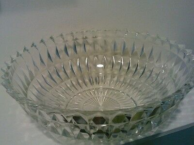 Inverted English hobnail bowl not marked read (tble7)