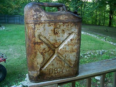 VINTAGE 1945 WWII ERA US MILITARY GAS CAN JERRY JEEP ICC-5L CAVALIER 20 5 1/4 45