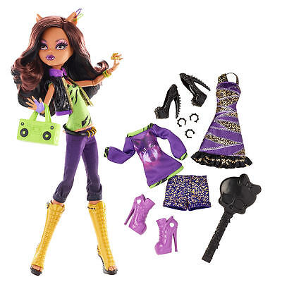 Monster High Doll with Fashion Outfit - Clawdeen Wolf