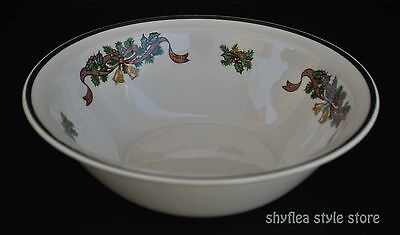 Johnson Brothers Victorian Christmas Round Vegetable Serving Bowl England
