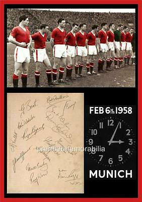 MANCHESTER UNITED FC BUSBY BABES 1958 BUSBY EDWARDS BYRNE SIGNED (PRINTED) x 14
