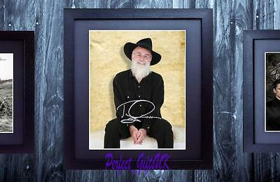 Sir Terry Pratchett Discworld SIGNED AUTOGRAPHED FRAMED 10x8 REPRO PHOTO PRINT