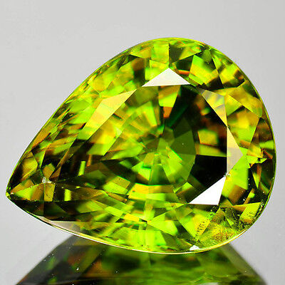 7.44 Cts MIND BLOWING NATURAL ULTRA RARE GREEN SPHENE RUSSIA (Video Avl)