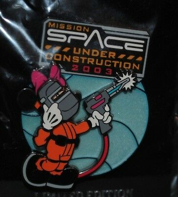 Disney Pin - WDW - Mission Space Under Construction (Minnie) 3D LE 3000 NEW