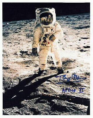 2 Photos Astronaut Neil Armstrong Signed Apollo 11 Buzz Aldrin, Michael Collins