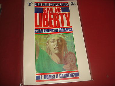 GIVE ME LIBERTY #1 Frank Miller Dave Gibbons  Dark Horse Comics 1990 - NM