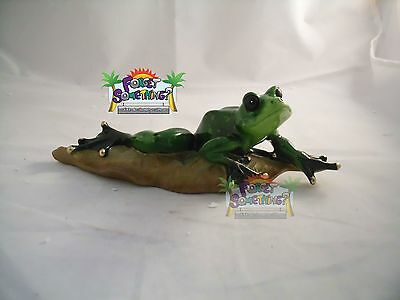 Poly Resin Statue Frog Figurine, Frog over a Leaf Collection Figurine