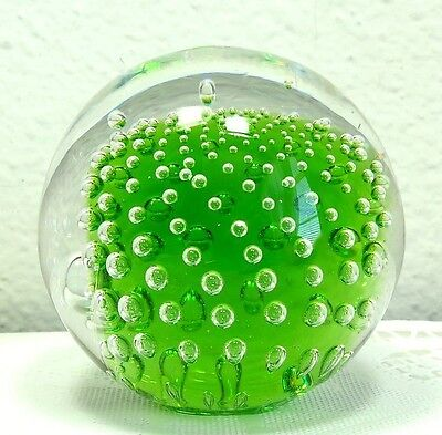 BEAUTIFUL FLOWING BUBBLES ON GREEN BACKGROUND VINTAGE GLASS PAPERWEIGHT
