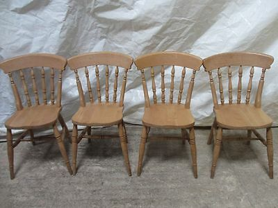 Set of 4 good quality Ash turned spindle back kitchen dining chairs (ref 199)