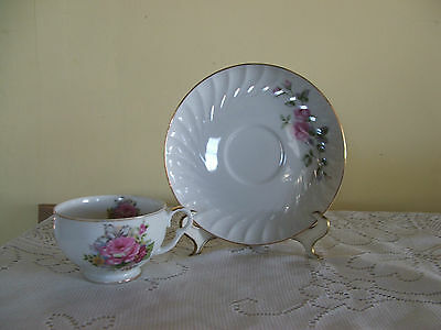 "BEAUTIFUL HAND PAINTED "" NAPCO CHINA"" PINK ROSE CUP & SAUCER SD124"