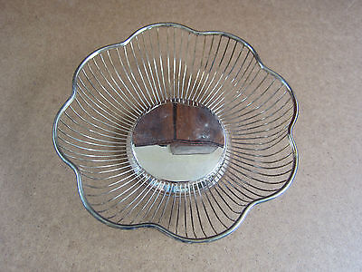 "Vintage Silver Plated Fruit/Bread Basket, Made in Hong Kong, 9 1/2"" Wide, 3""dp"