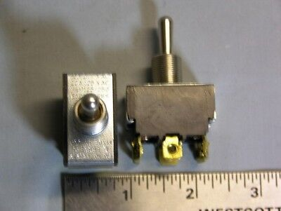 2 Carling 80,000 Series E60272 LR39145 2GM54 DPDT ON-OFF-ON Toggle Switches