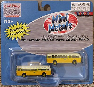N Scale - MINI METALS 52302 GMC TDH-3610 Transit Bus National City Lines 2-Pack