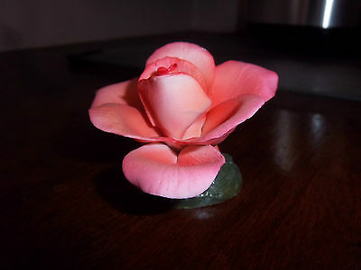 CAPODIMONTE PINK SMALL ROSE PORCELAIN VINTAGE ITALY COLLECTIBLE HOME GIFT